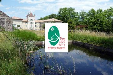 Maison du Parc naturel régional des Monts d'Ardèche et logo PNR